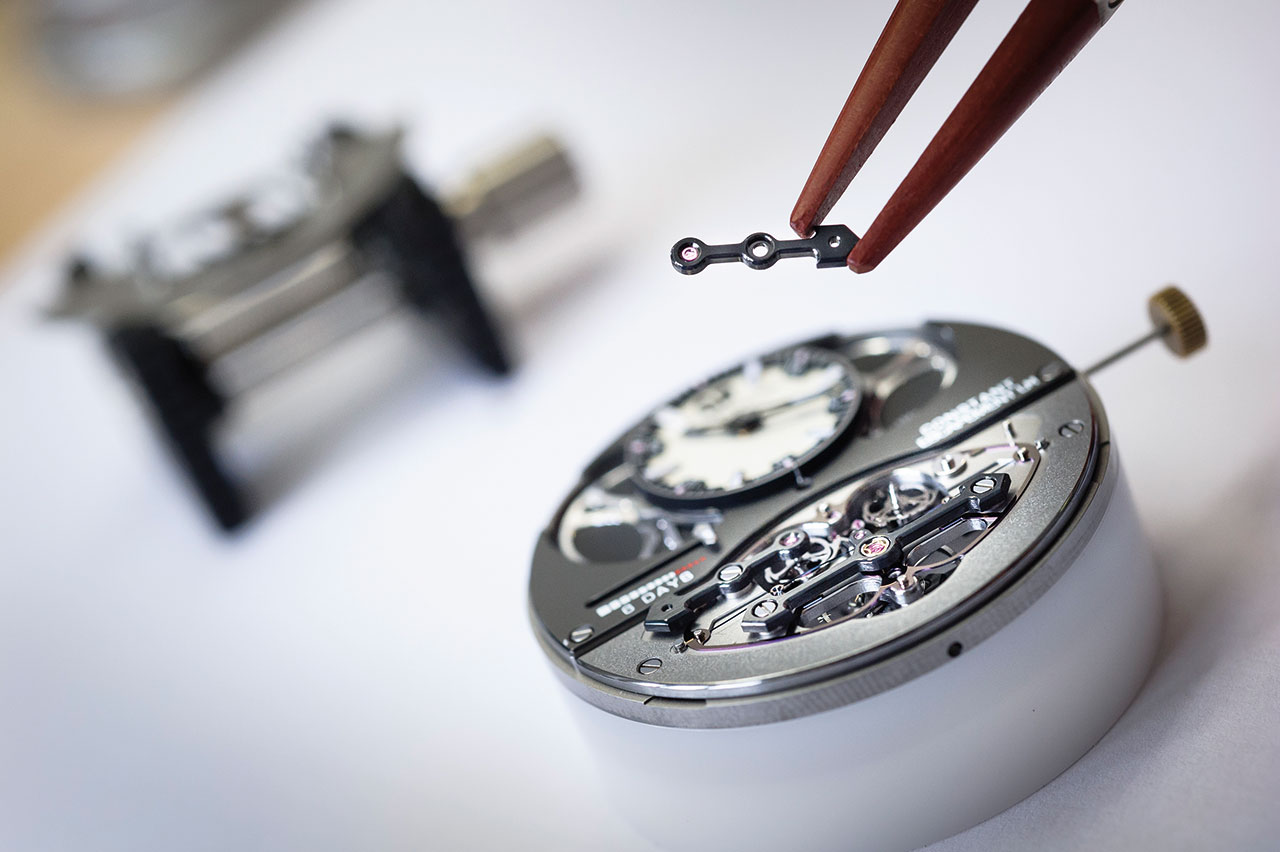 Girard-Perregaux Constant Escapement L.M. Mechanical Watch movement