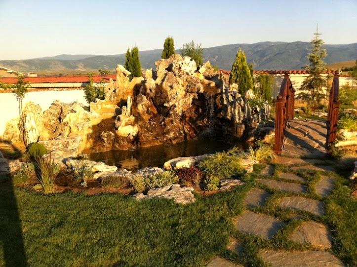 Мостче градина с декоративни скалички 4