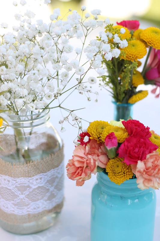 Do it yourself divas diy mason jar flower arrangements for Do it yourself flower arrangements