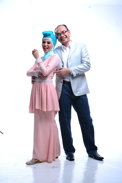 CDM Adibah Karimah and DDM Dr Hasbi photoshoot