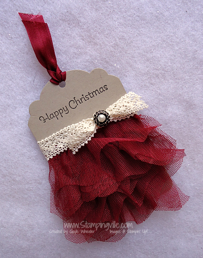Christmas Tag with Stampin' Up! Crochet Trim and Scalloped Tulle