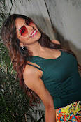 Shilpi sharma new photos-thumbnail-14