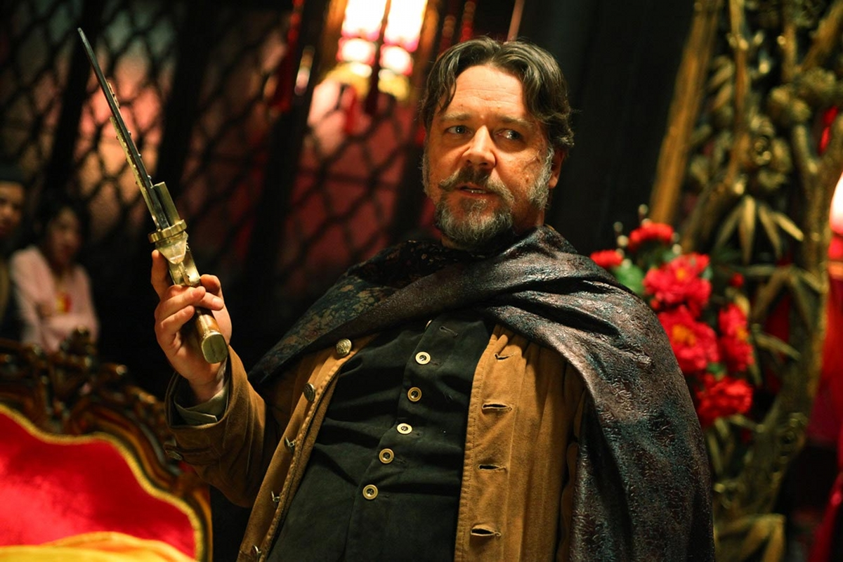 http://1.bp.blogspot.com/-b6l5z4D5YZ8/UOSvjsqJduI/AAAAAAAAZ_E/eUnXo4hEPr4/s1600/Man-with-the-iron-Fists-Russell-Crowe-as-Jackk1.jpg