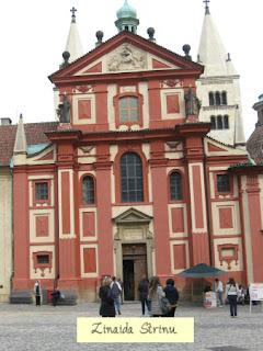 castelul-praga-biserica-sf-gheorghe-exterior