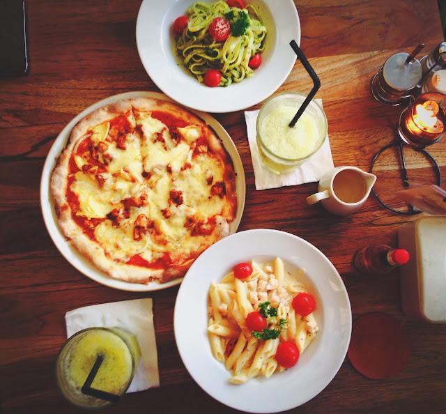 Spread at Yogyakarta Nanamia Pizzeria