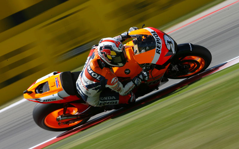 bikes wallpapers for desktop hd. MotoGP Bikes Wallpaper