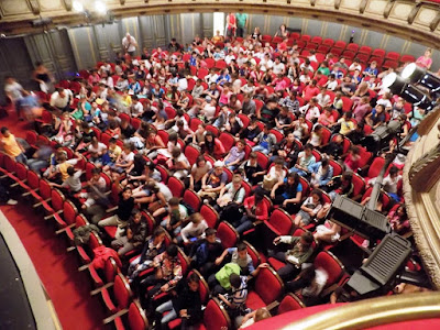 Στην Παιδική Σκηνή του Εθνικού Θεάτρου 600 μαθητές Ρομά