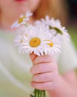 http://1.bp.blogspot.com/-b7qIiz4VIdE/TY-xDPWP34I/AAAAAAAAAxw/s2o9ao12lF8/s1600/kindness.jpg