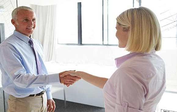 quienes-hablan-ingles-obtienen-mejores-ofertas-de-trabajo