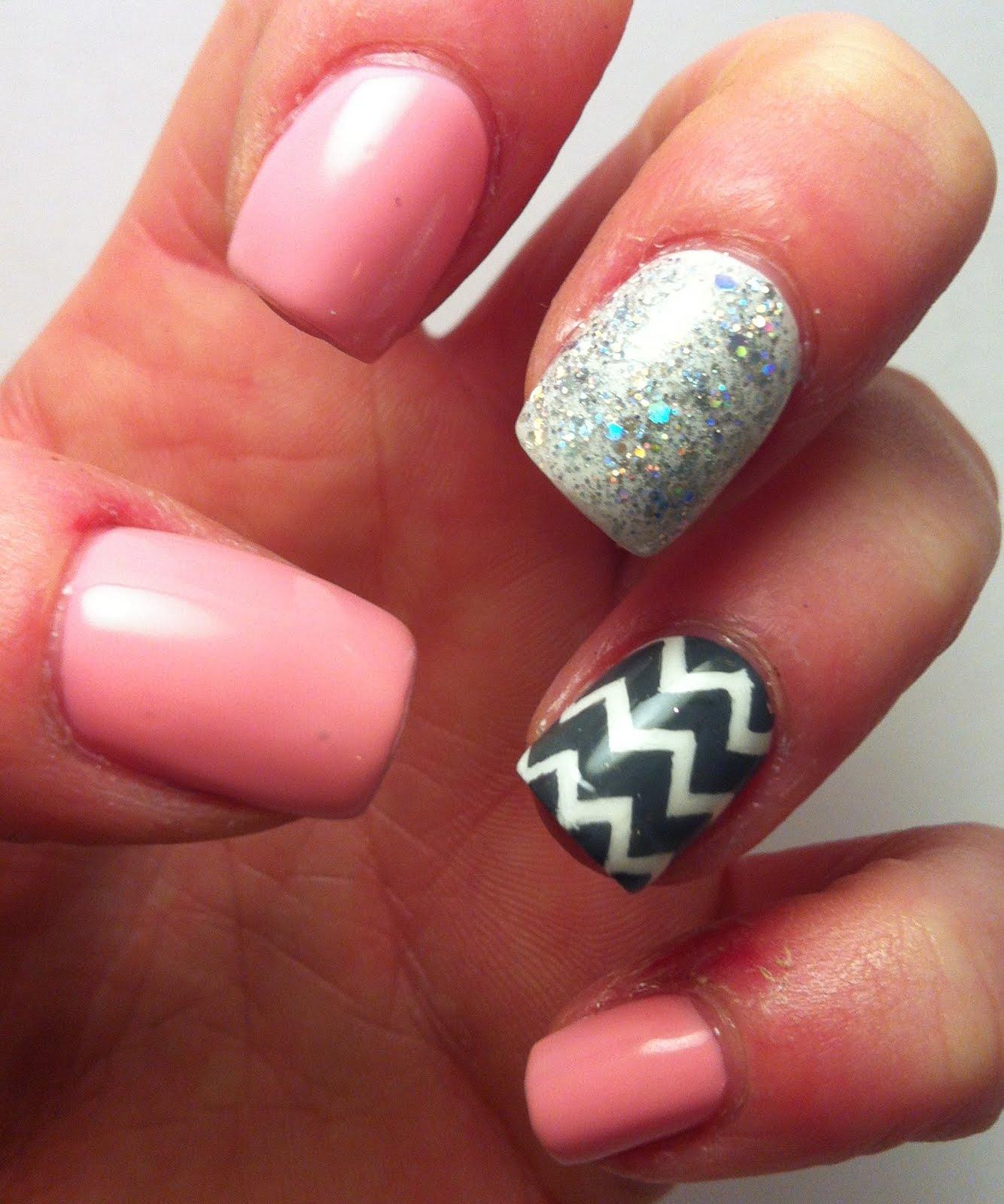 the nail bug: chevron nails