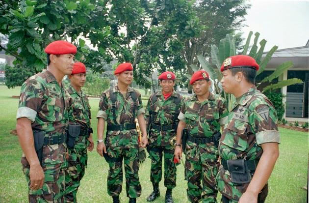 Kiprah Prabowo Subianto Lewat Arsip Foto | Newz Flazz