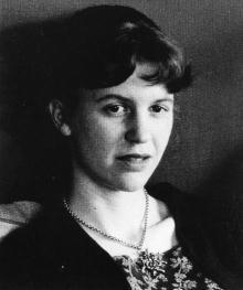 """""""Sou uma virgem pura / De acetileno / Acompanhada de rosas..."""" Sylvia Plath"""