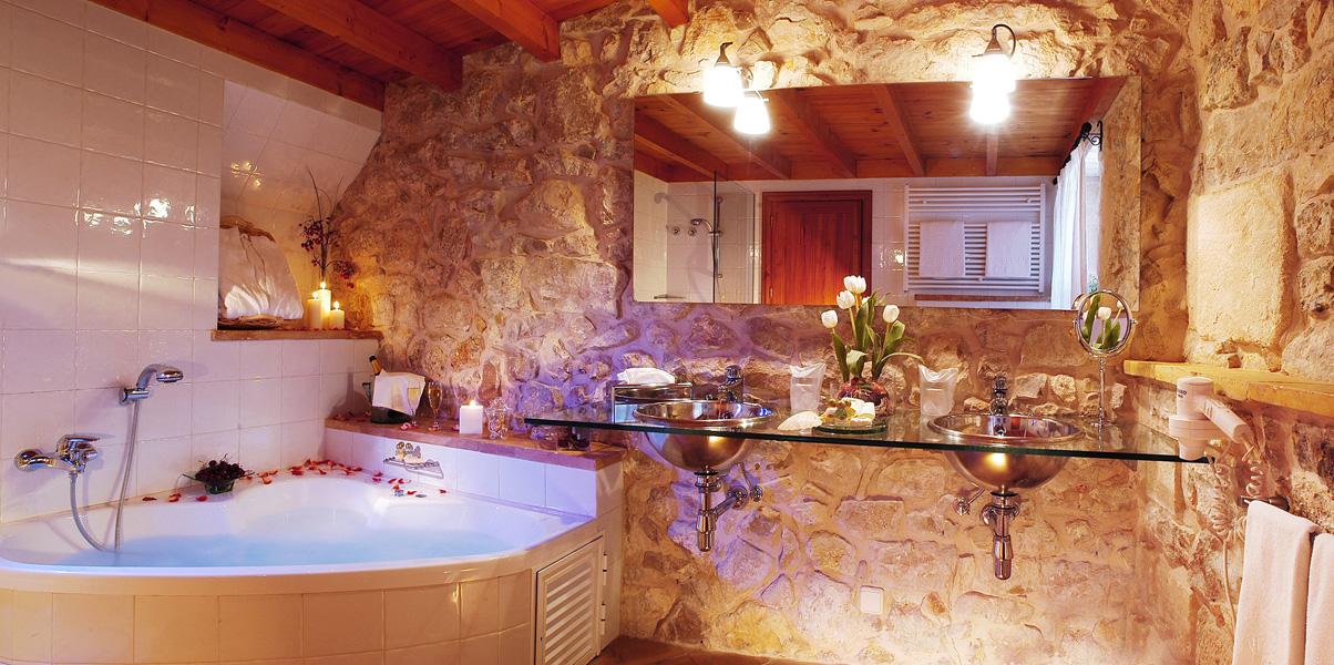 Jacuzzi O Baño Turco: turco con cromoterapia baños de vapor y jacuzzi masajes y