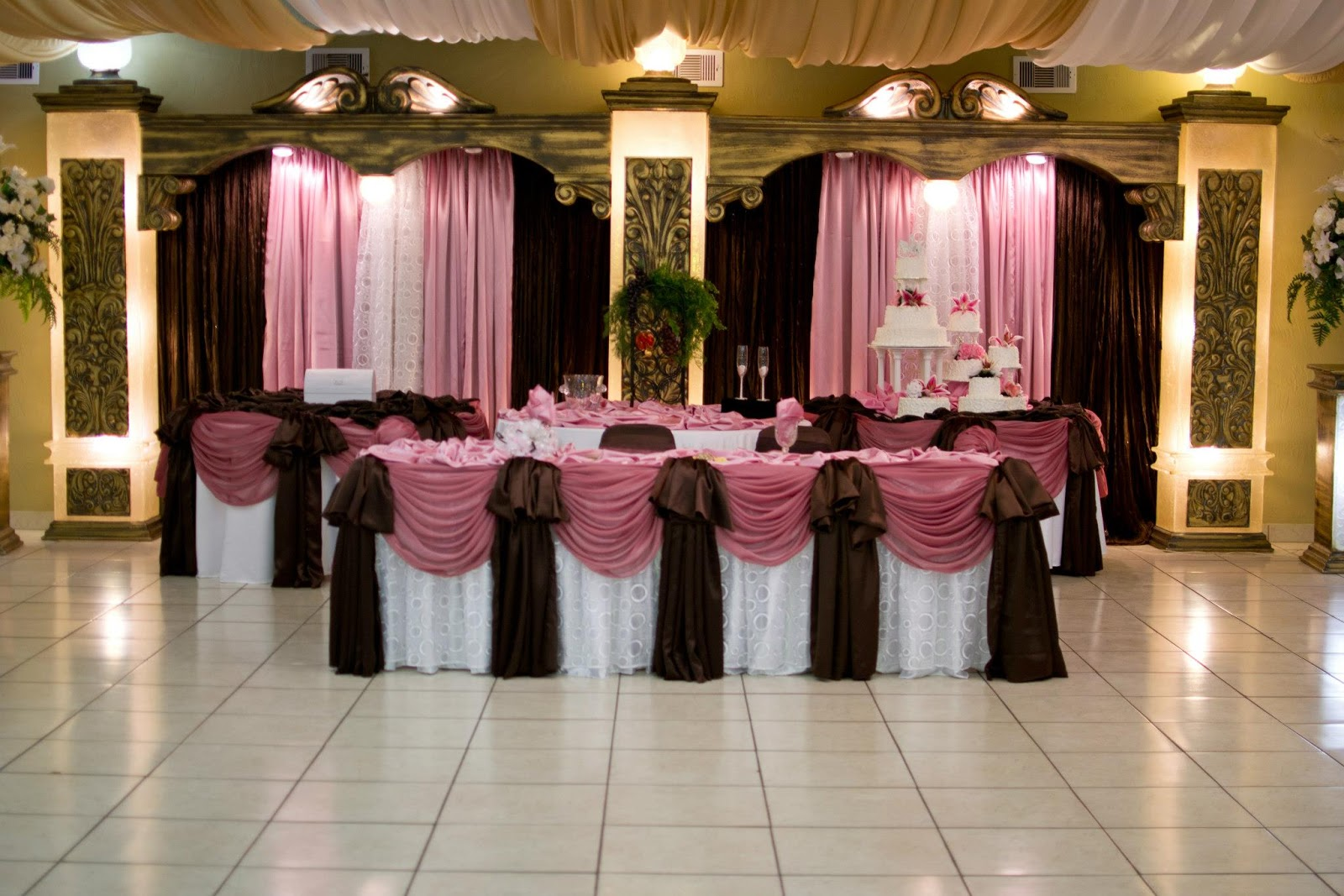 Brown wedding reception decorations wedding reception for Hall decoration