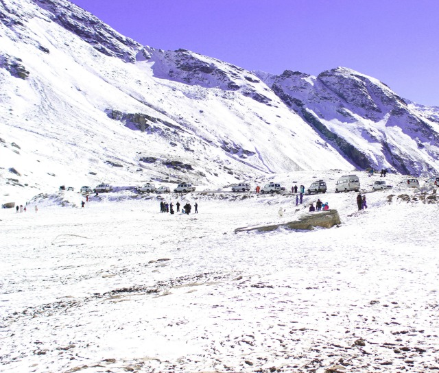 Rohtang Pass in winter, Himalayas