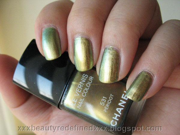 BeautyRedefined by Pang: Chanel Peridot Nail Colour Swatches