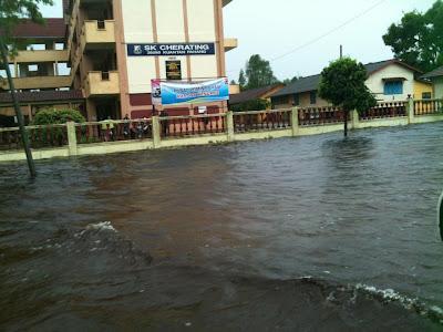 ... jpeg, Home » Informasi » Gambar terkini banjir teruk di Kuantan (25