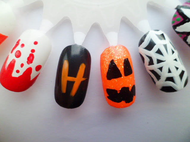 Halloween Nail Art Design Ideas - Nail Art Wheel