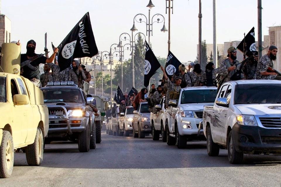 Parada militar del Estado Islámico en Raqqa (Siria) su capital de facto