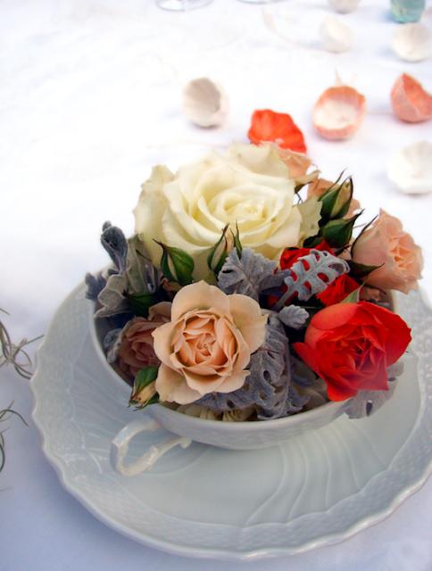 fiori freschi e fiori di carta per matrimonio ecologico a tema