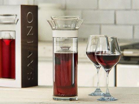 Savino-Wine-Saver-Carafe-Perfect-Hostess-Gifts