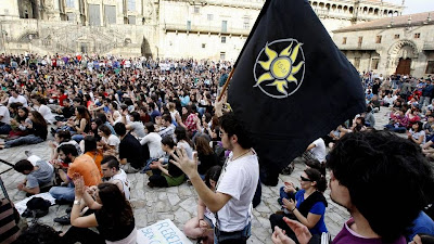 Indignados en el primer aniversario del 15-M en el Obradoiro