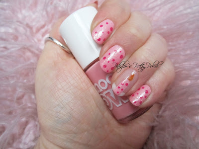 Birthday_candle_nail_art