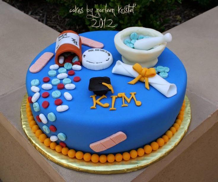 Cool Pharmacy Graduation Cakes