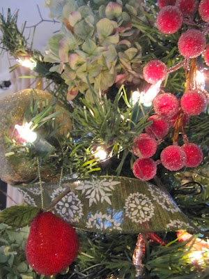 sugared fruit hydrangea Christmas tree