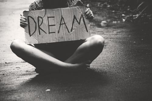 Lo único que me queda de ti es verte en mis sueños.