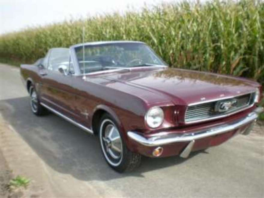 Old cars online: 1966 Ford Mustang Convertible For Sale