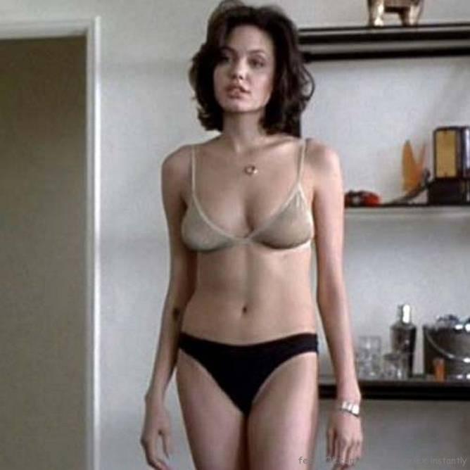 Angelina jolie hot bikini Goes!