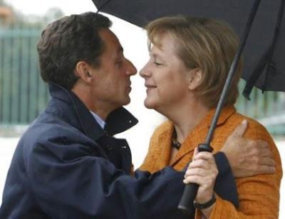"""Sarkozy: """"FRANÇA E ALEMANHA QUEREM UM NOVO TRATADO"""""""