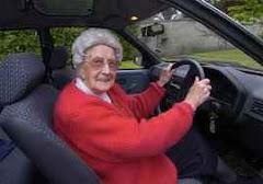 Hány éves korban érdemes megtanulni vezetni ?