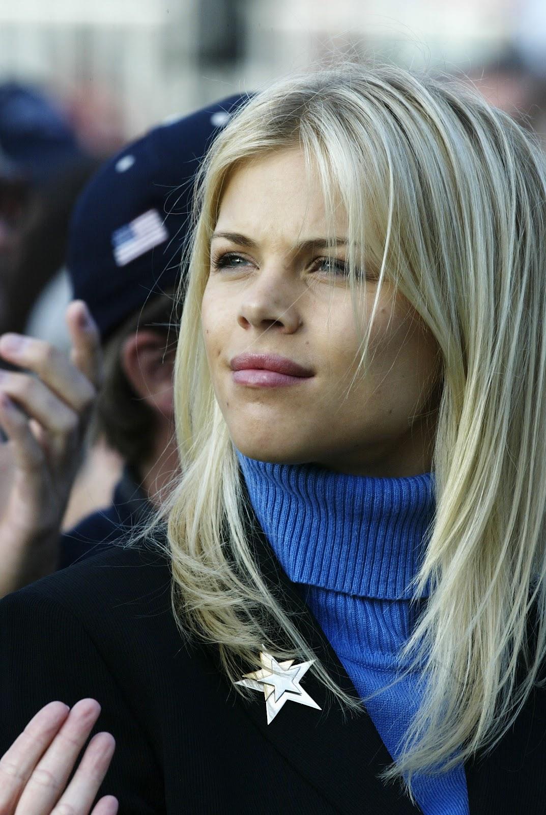 http://1.bp.blogspot.com/-bBJKSZqeCqk/T75B6QzL67I/AAAAAAAAErk/hNIoRyuYc9w/s1600/Elin-Nordegren-new-hairstyles-pictures-nordegren-elin-photos+(3).jpg