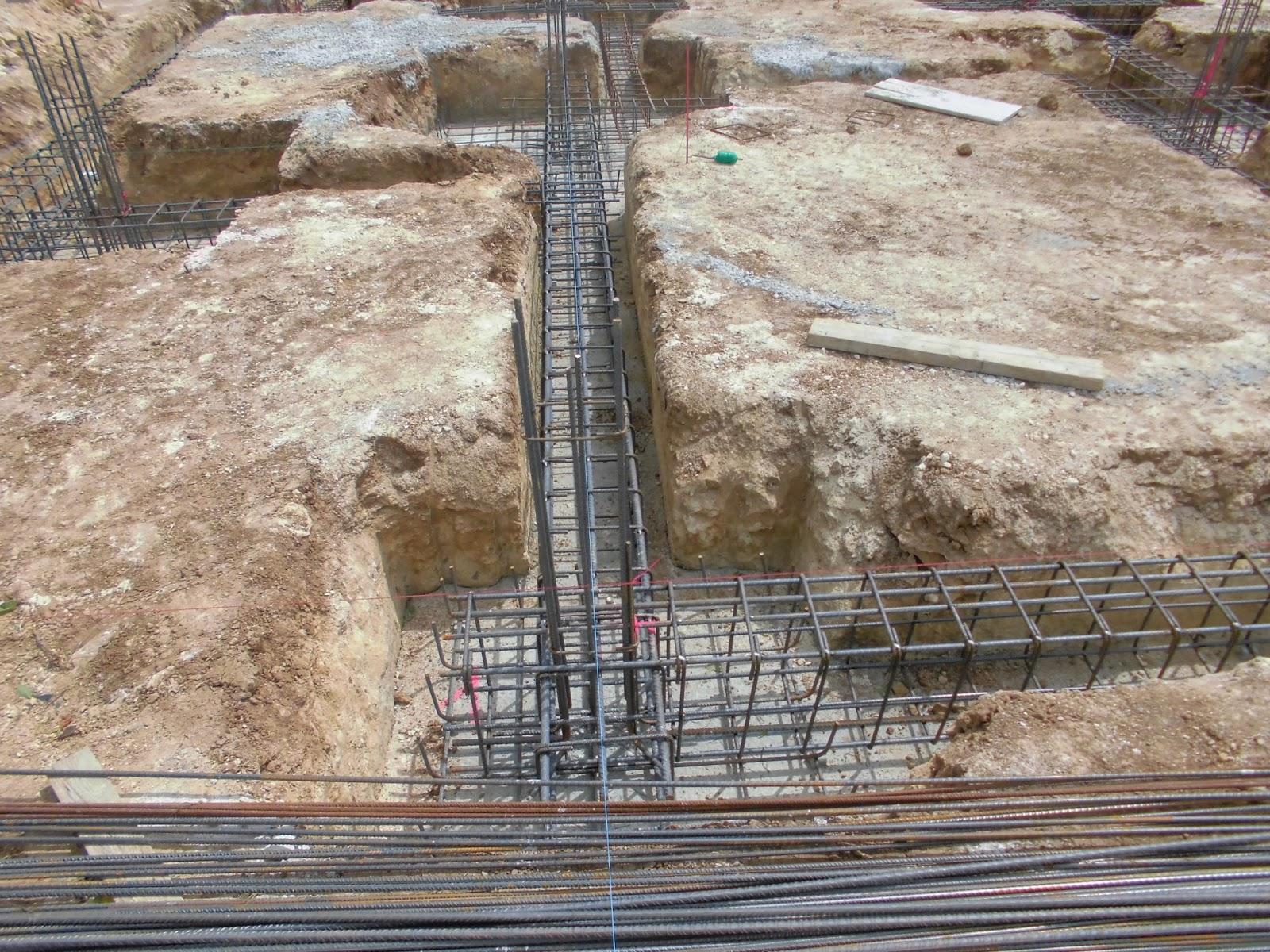 el maestro de obras xavier valderas construccion de cimientos
