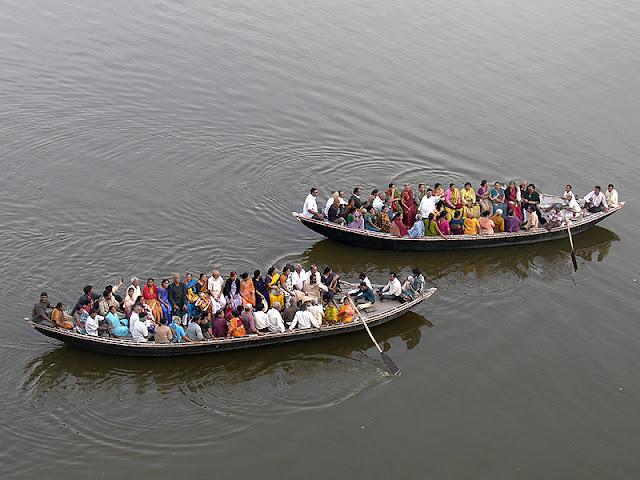 Pèlerins sur le Gange