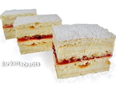 Trei prajiturele cu miere (cu foi, crema si gem)