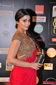 Shriya Sizzling in saree at IIFA Utsavam-thumbnail-5
