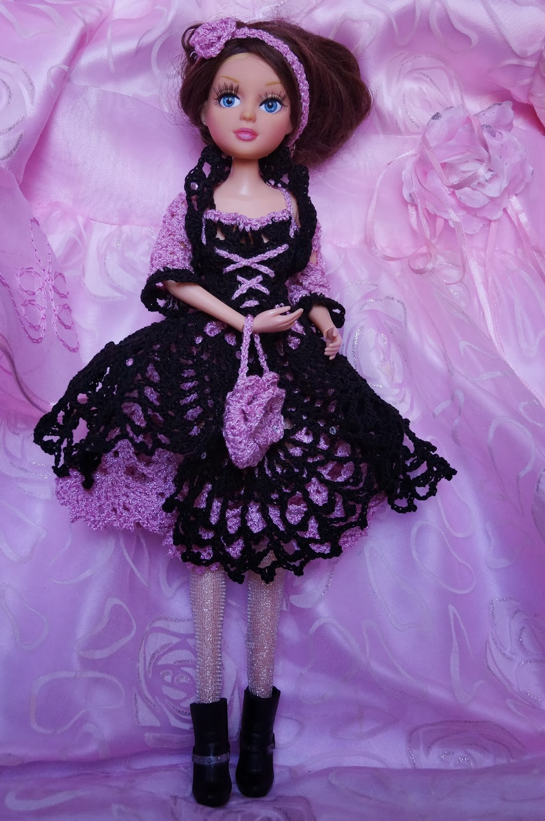 платье для куклы своими руками, крючок