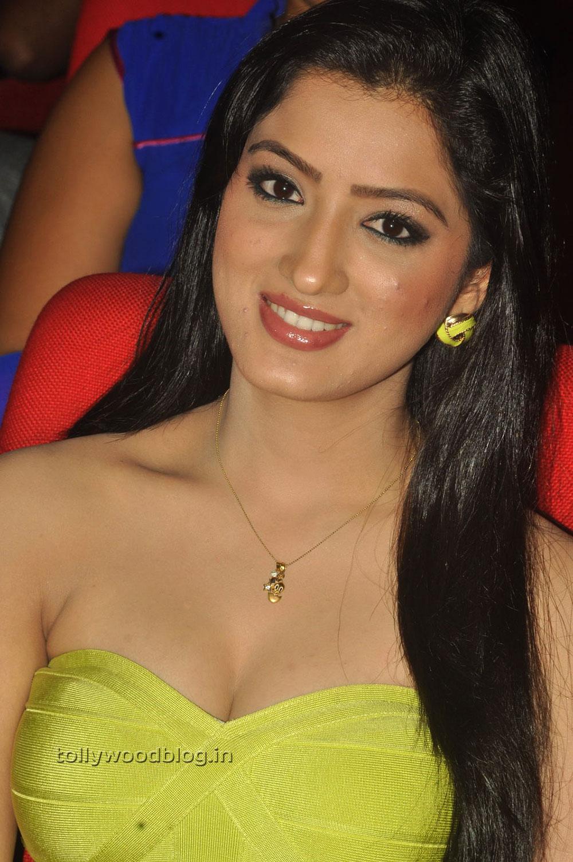 Allari naresh and veda passionate scene latest telugu full movies tfc - 4 5