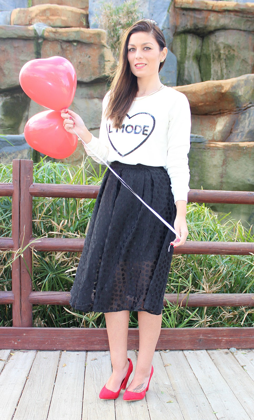 Midi_Skirt_The_Pink_Graff_02