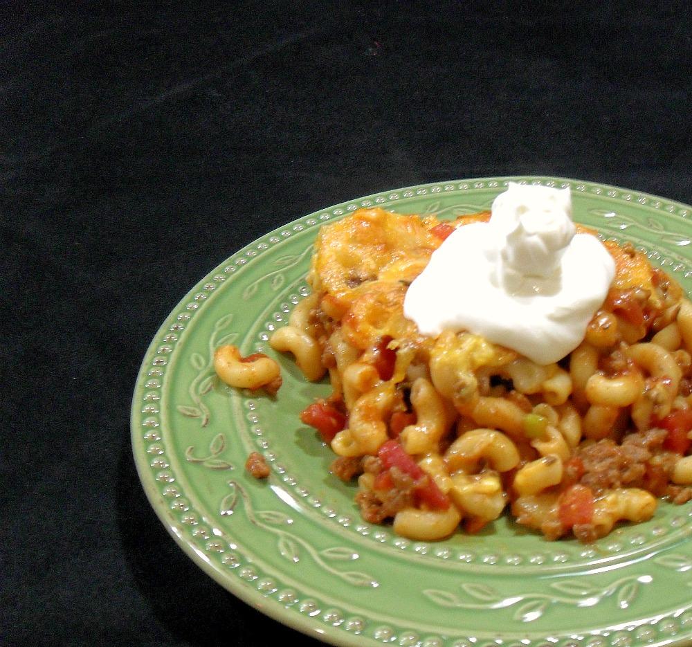 Aunt Peg's Recipe Box: Tempting Taco Pasta