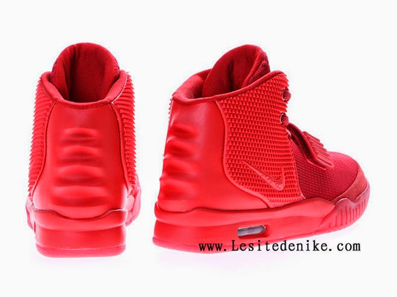 nike blog nike air yeezy 2 pas cher 2014 red october chaussure de basket. Black Bedroom Furniture Sets. Home Design Ideas