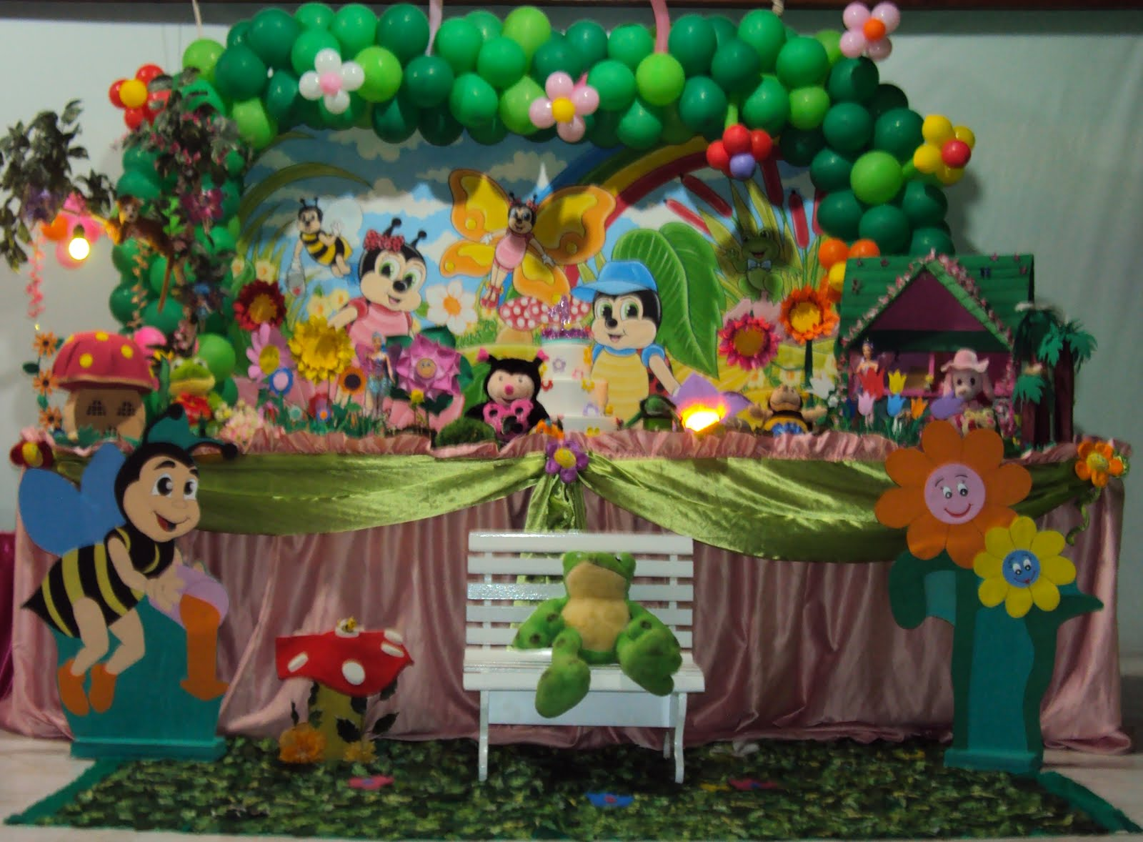 decoracao de festa infantil tema jardim:Sirlei Festas infantil-Rua:Oreade 174 Moreninha III Tel:(67)3393-2873