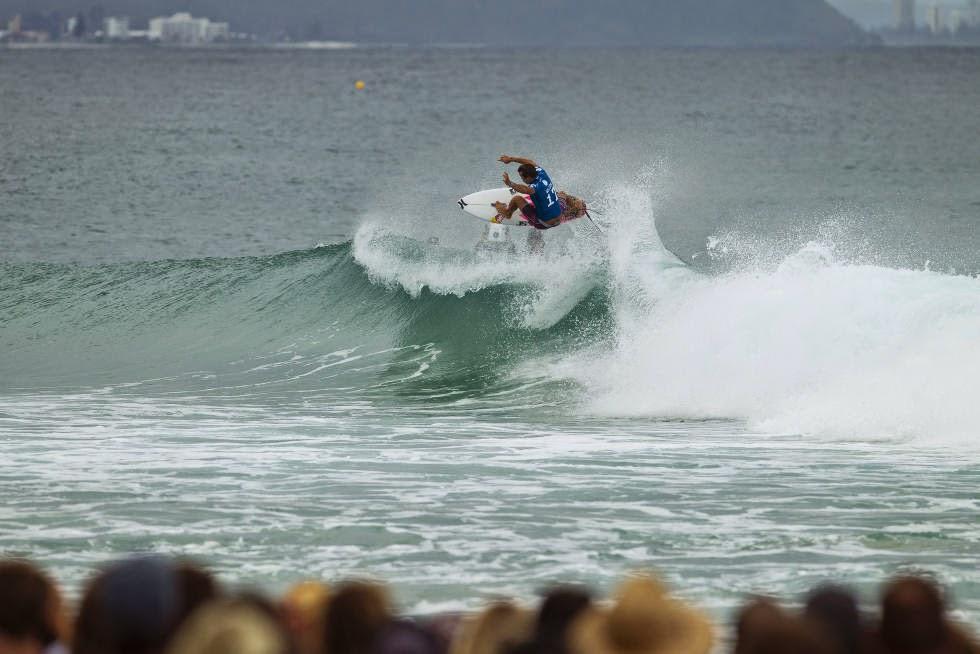 15 Quiksilver Pro Gold Coast 2015 Julian Wilson Foto WSL Kelly Cestari