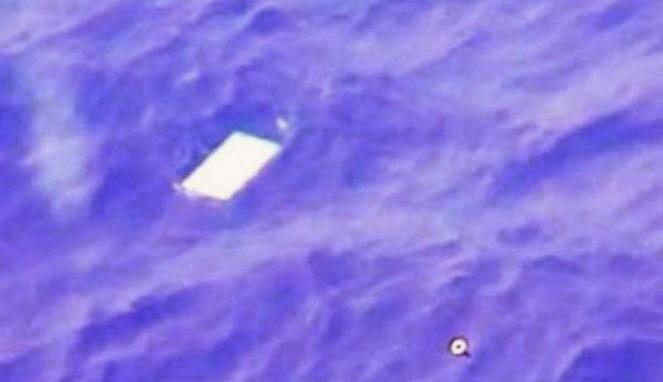FOTO MAS MH370 LENGKAP Gambar Misteri Pesawat Malaysia Airline MH370 Puing Ditemukan