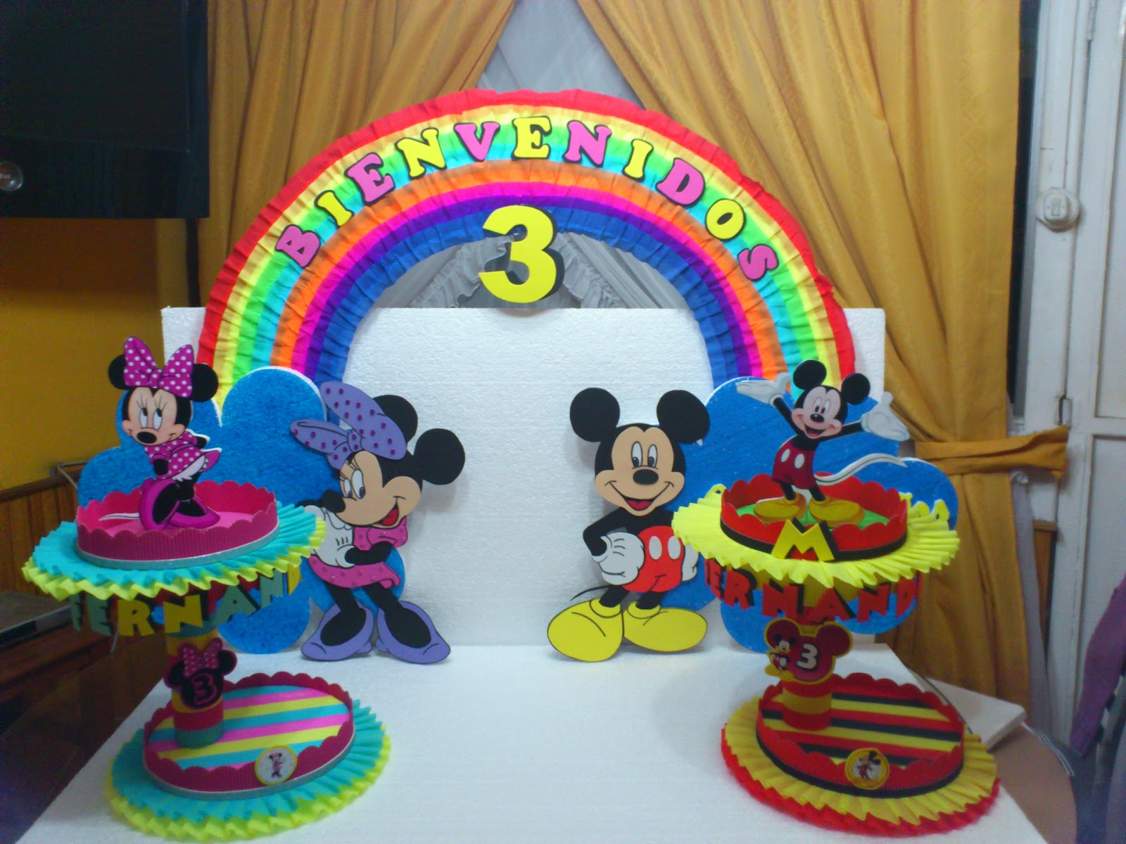 Decoraciones para fiestas infantiles de minnie mouse and for Decoracion bebe
