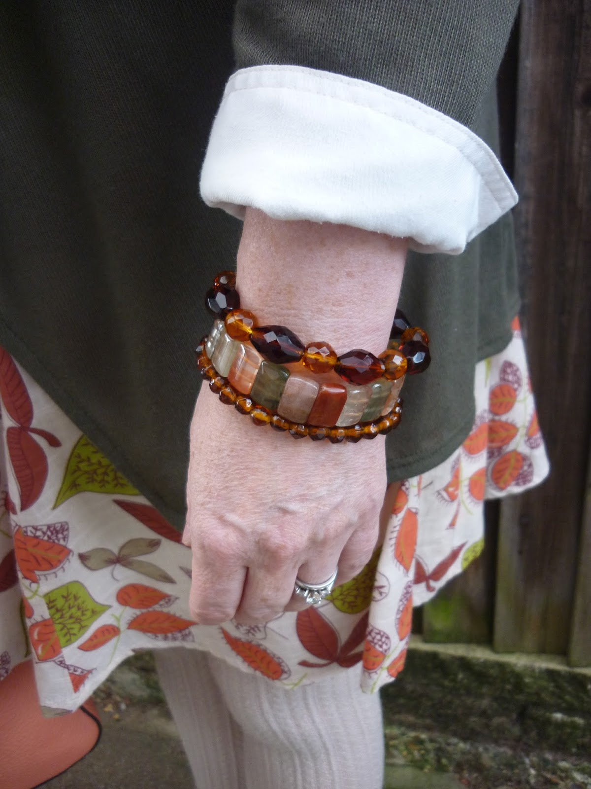 Leaf Patterned Skirt, Bead & Glass Bracelets | Petite Silver Vixen