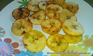 Tostones con Ajo Fried Green Plantain with Garlic (Venezuela)